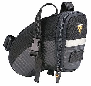 Topeak Aero Wedge Small with Strap.jpg